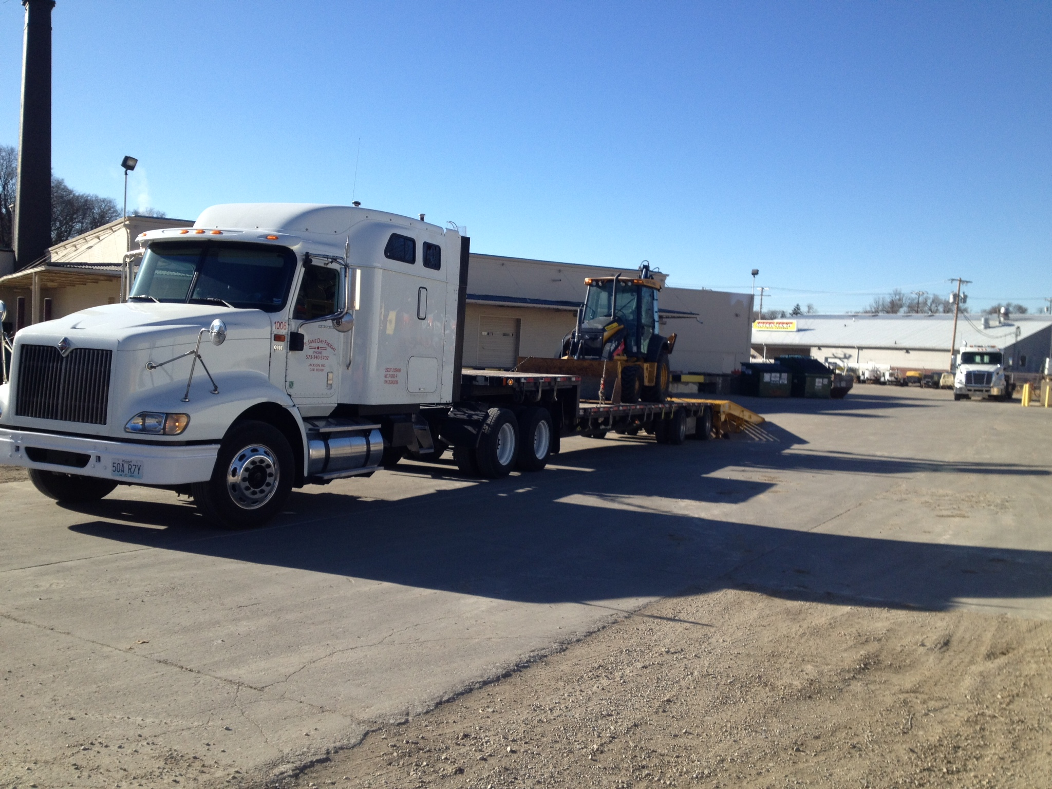 Heavy Equipment Freight Shipping